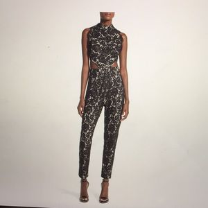 Misguided NWT Lace Sleeveless Jumpsuit size US0